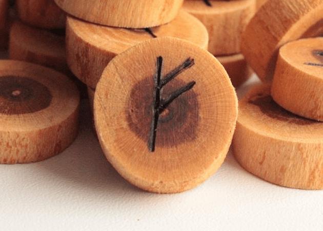 Руна Феху: значение символа, описание и толкование символа